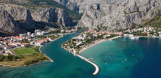 Omis, cruising region Central Dalmatia